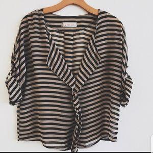 Love Notes tab sleeve V neck sheer blouse sz S